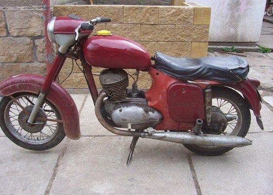 Pískovani-Jawa 250
