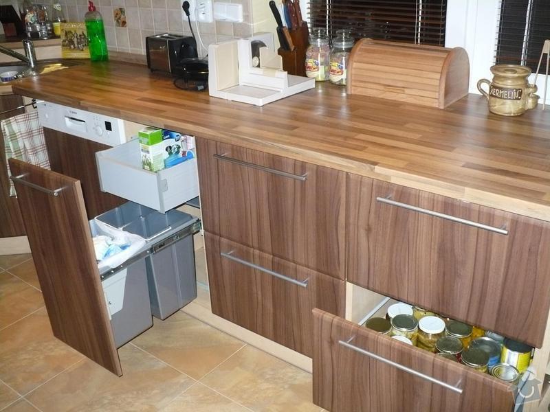 Kuchyňská linka: P1010112