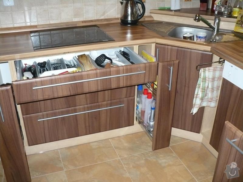 Kuchyňská linka: P1010113