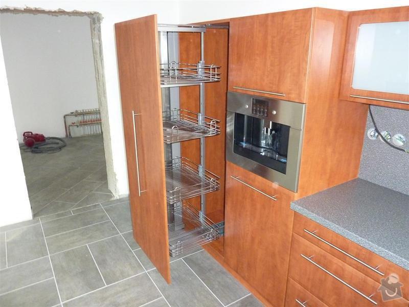 Kuchyňská linka na zakázku: P1030453_Large_