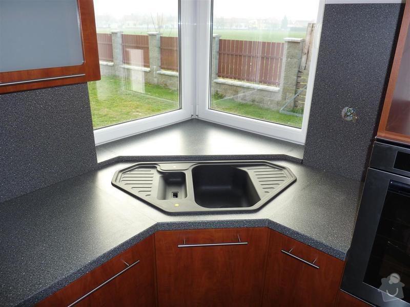 Kuchyňská linka na zakázku: P1030452_Large_