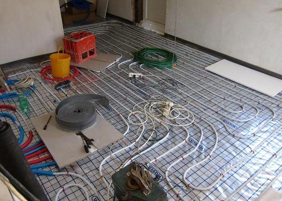 Betonové podlahy do RD s podlahovým topením