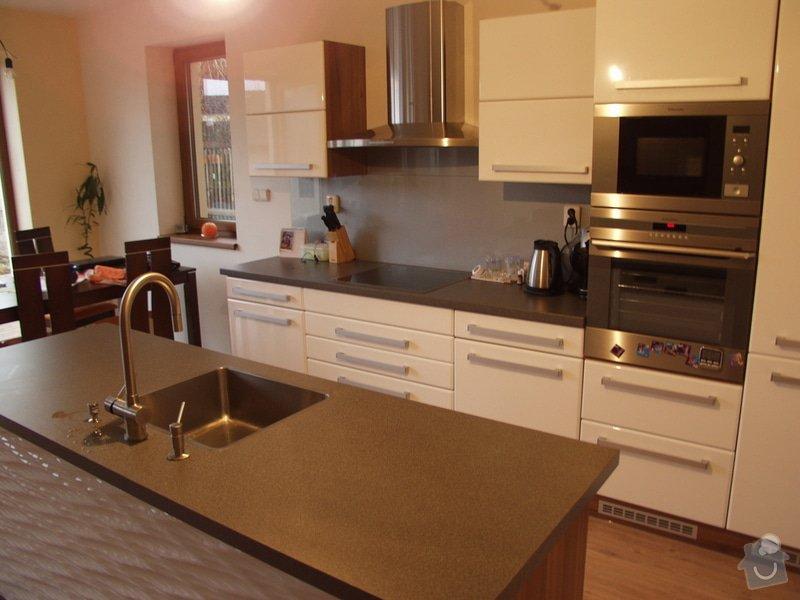 Kuchyňská linka a koupelnový nábytek: 04