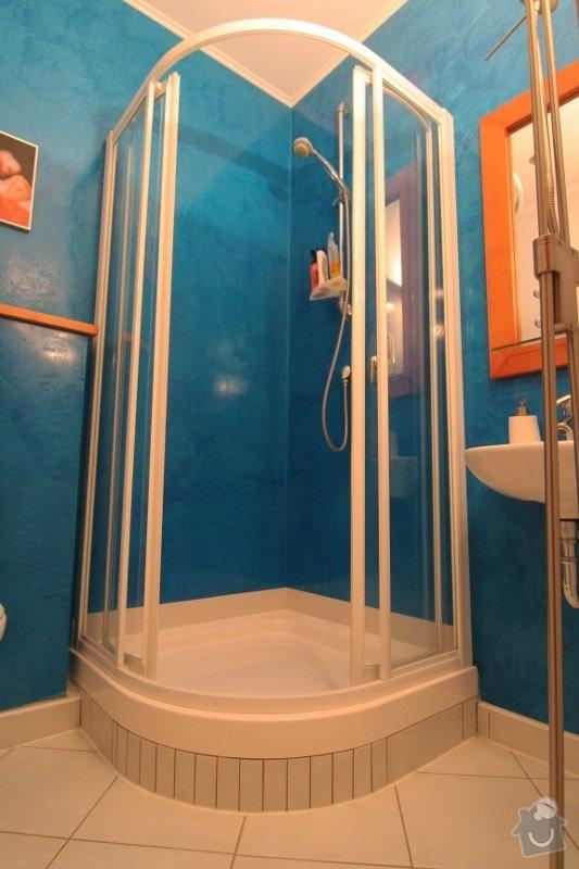 Benátský štuk ve sprchovém koutě místo obkladů: 1-sprchovy-kout