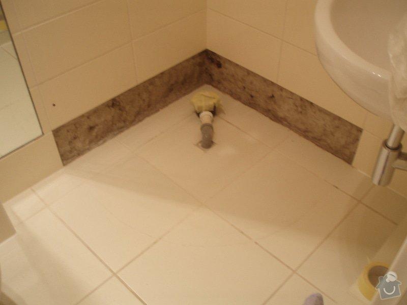 Vymena sprchoveho koutu: odebrani_4_kachli