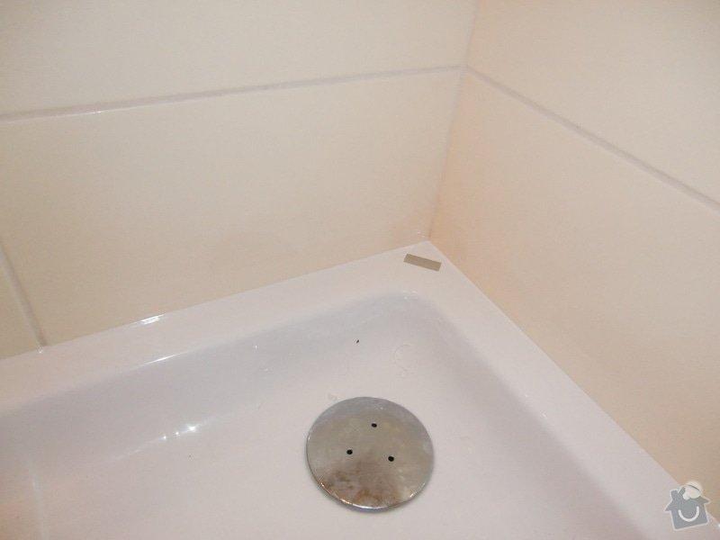 Vymena sprchoveho koutu: detail_zasilikonovani