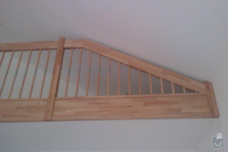 Dřevěné schodiště: IMAG0355