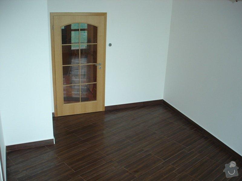 Rekonstrukce omítek a podlahy: DSC08643