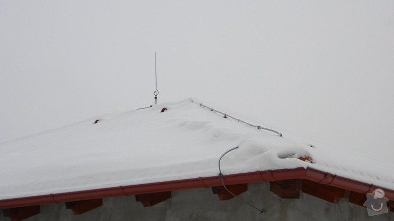 Montáž Hromosvodu na RD Dobrovovi: DSCN1300