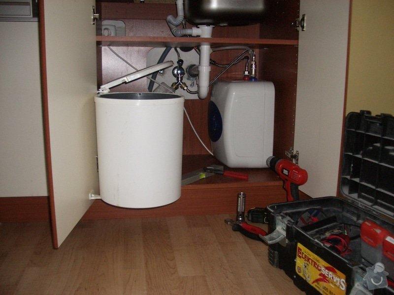 Montáž průtokového ohřívače do kuchyňské linky: Montaz_prut._ohrivace_001