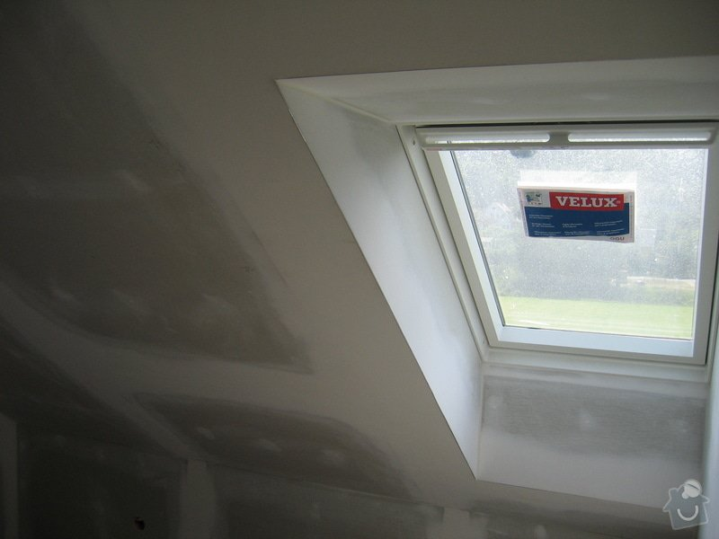 Sádrokartony,izolace,střešní okna: 2007_019