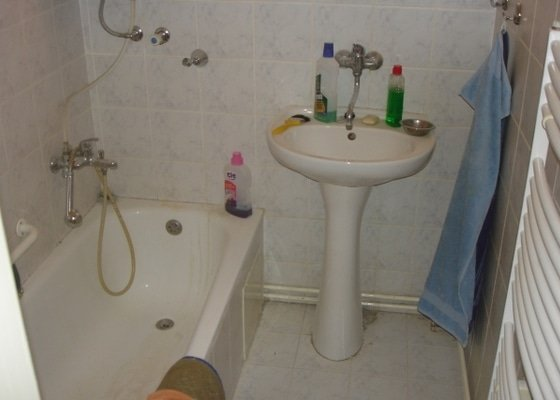 Rekonstrukce koupelny, montáž SDK podhledů