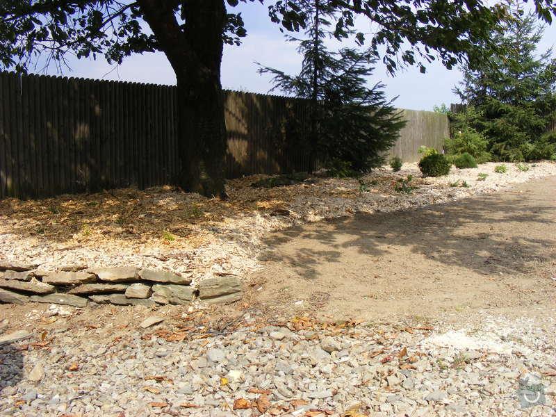 Návrh a realizace zahrady u rodinného domu: srpen_zari2009_124