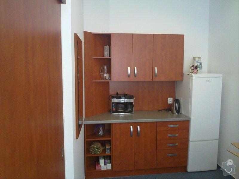 Výroba nábytku do kanceláří a renovace dveří: 15062010761