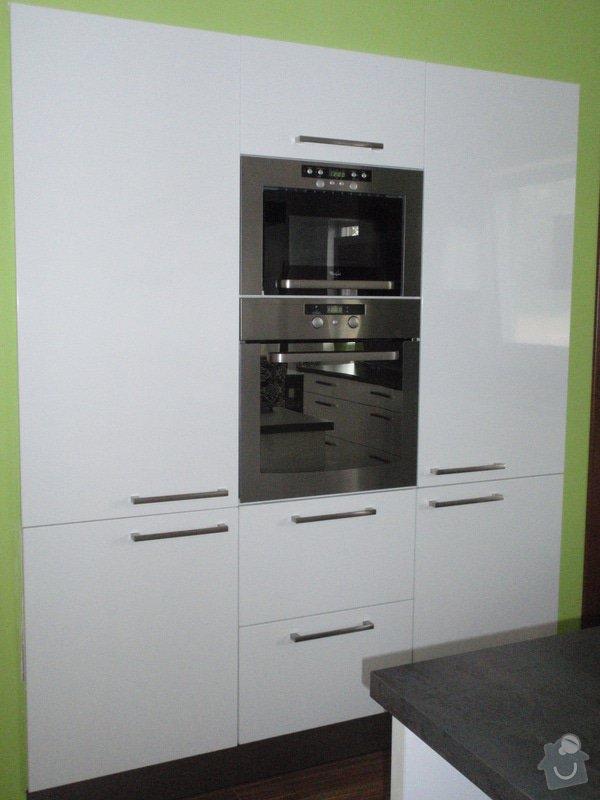 Kuchyňská linka: cerven2010_017