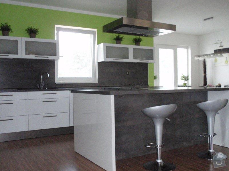Kuchyňská linka: cerven2010_014