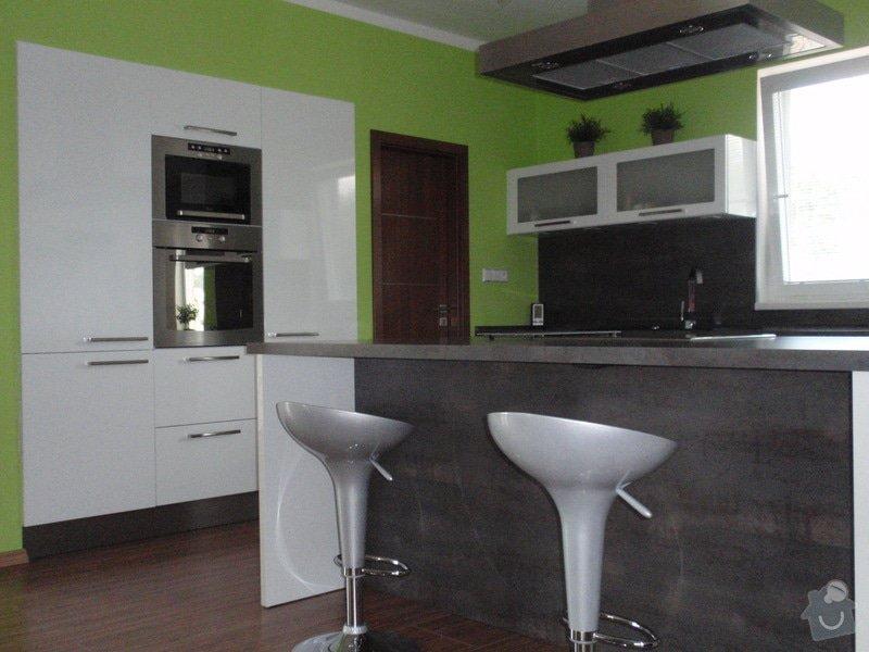 Kuchyňská linka: cerven2010_013