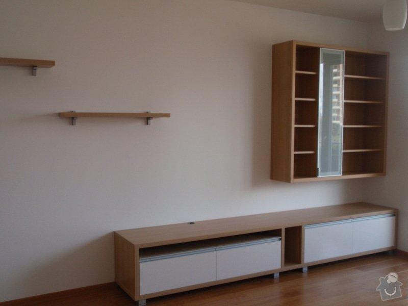 Nábytek do obývacího pokoje: skrine082010_010