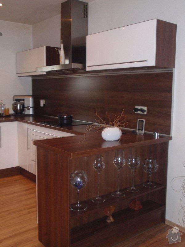 Interiéry na klíč v rodinném domu: P1130987