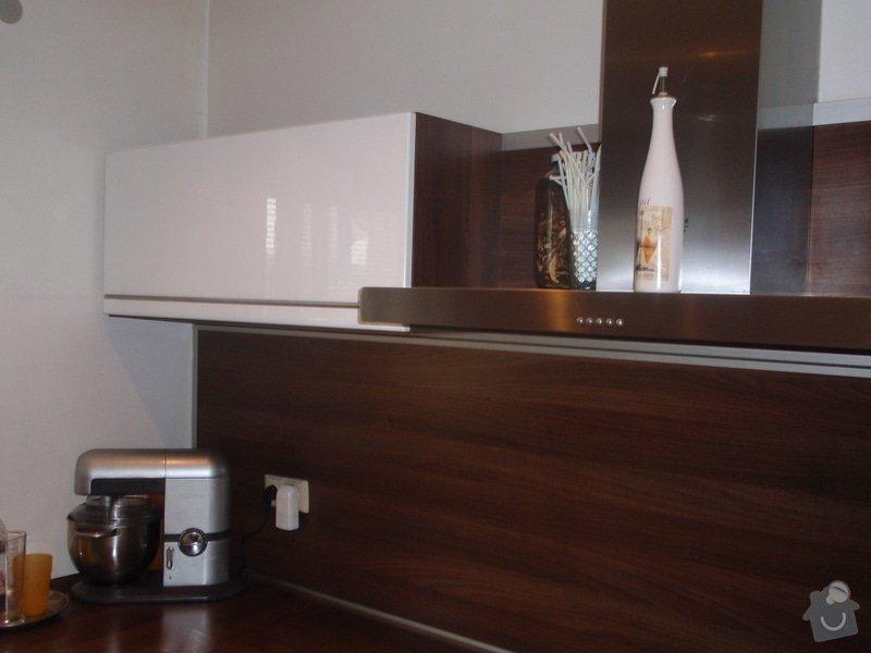 Interiéry na klíč v rodinném domu: P1130978
