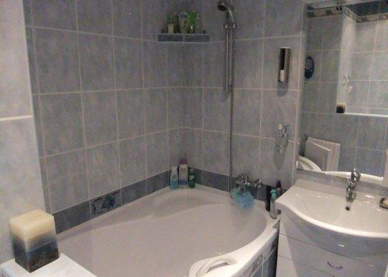 Rekonstrukce koupelny v panelovém domě.