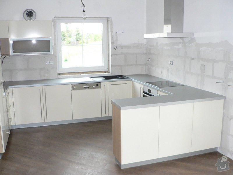 Kuchyňská linka: P1090345