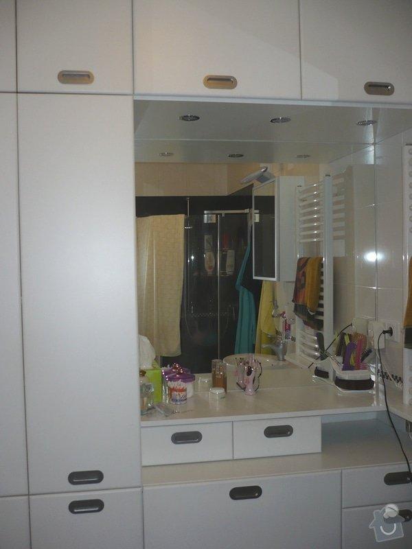 Předsíňová stěna,koupelnový nábytek: P1010070
