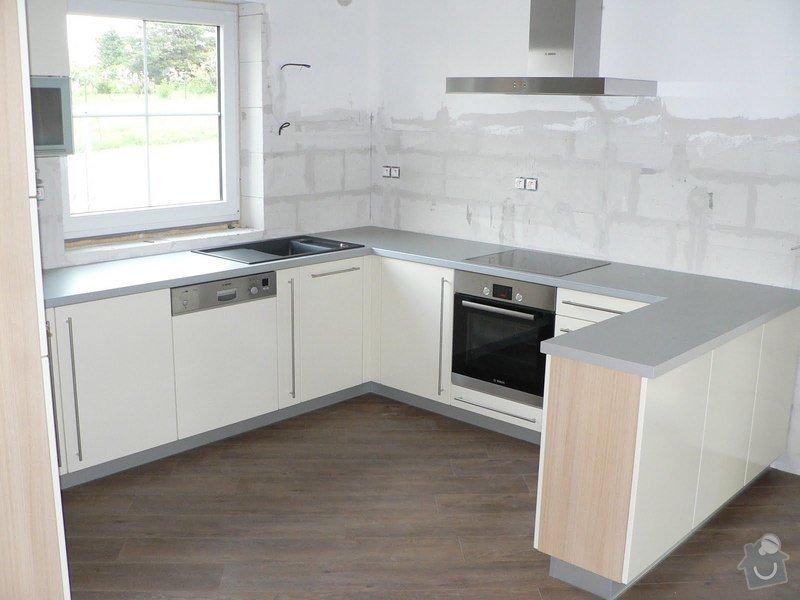 Kuchyňská linka: P1090348