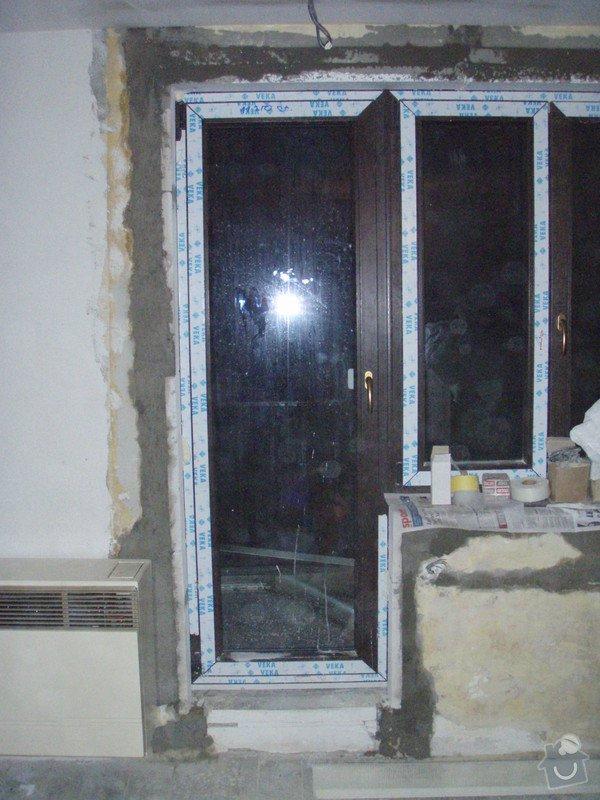 Začištění špalet kolem oken: P1131343