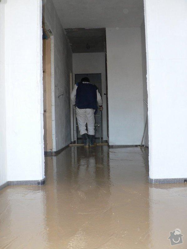 Litá podlaha - anhydrit: P1080531