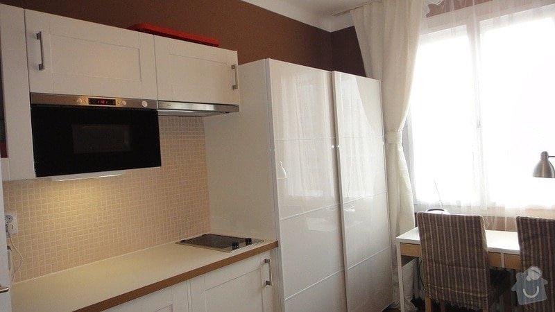 Malířské práce garsonka, obklad kuchyňské linky, kuchyňská skřínka: DSC02855