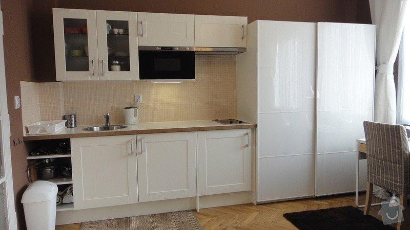 Malířské práce garsonka, obklad kuchyňské linky, kuchyňská skřínka: DSC02895
