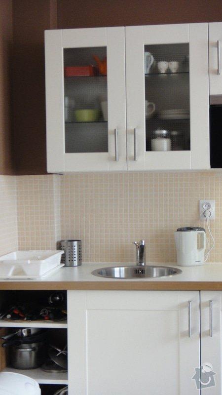 Malířské práce garsonka, obklad kuchyňské linky, kuchyňská skřínka: DSC02896