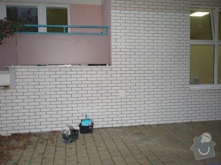 Odstranění graffiti na fasádě s použitím ochranného nátěru: PC010301