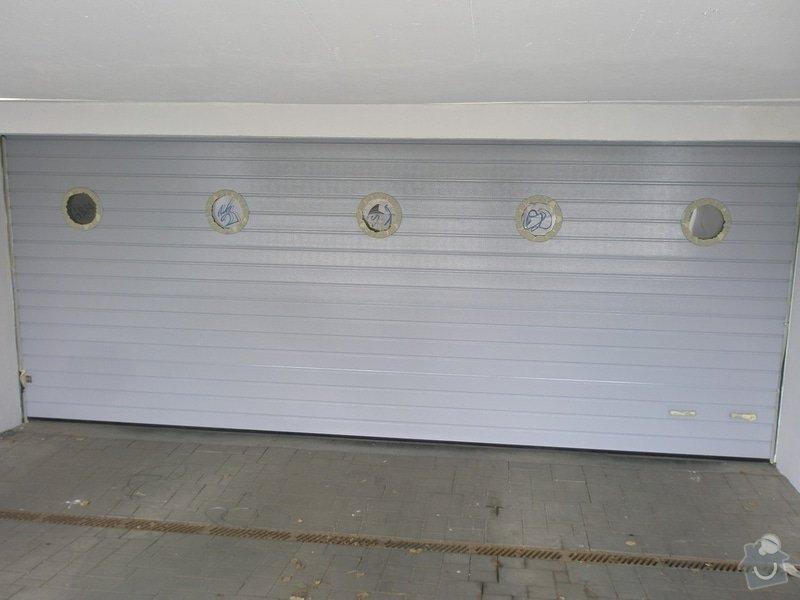 Odstranění graffiti na fasádě s použitím ochranného nátěru: P4280164