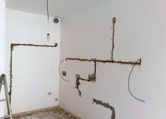 Nová elektroinstalace pro kuchyňskou linku.