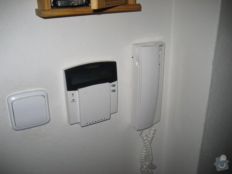 Instalace domovního telefonu a el. zámku: IMG_4309