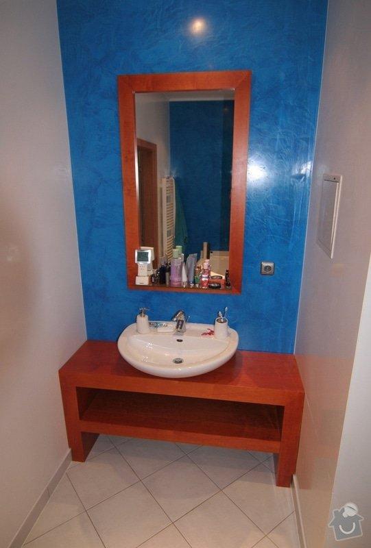 Koupelnový stolek na míru: stolek-do-koupelny