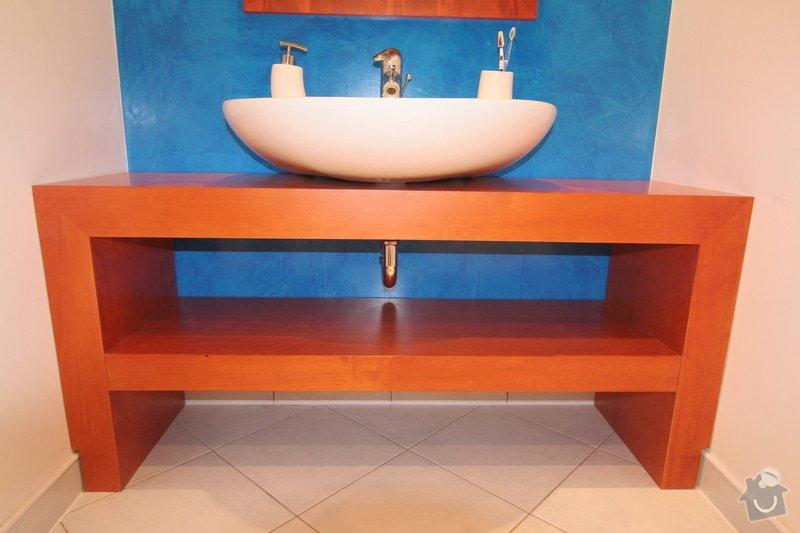 Koupelnový stolek na míru: stolek-zepredu