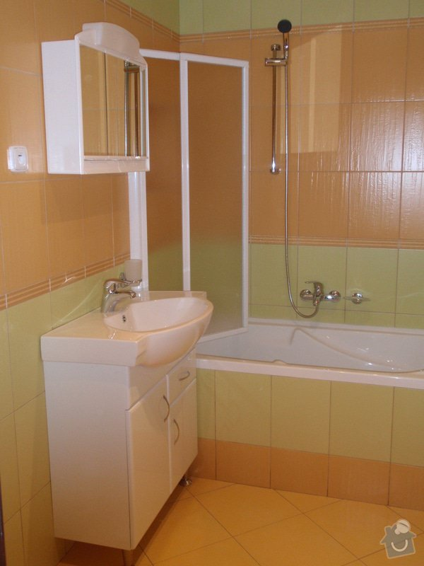 Rekonstrukce koupelny : P1211088