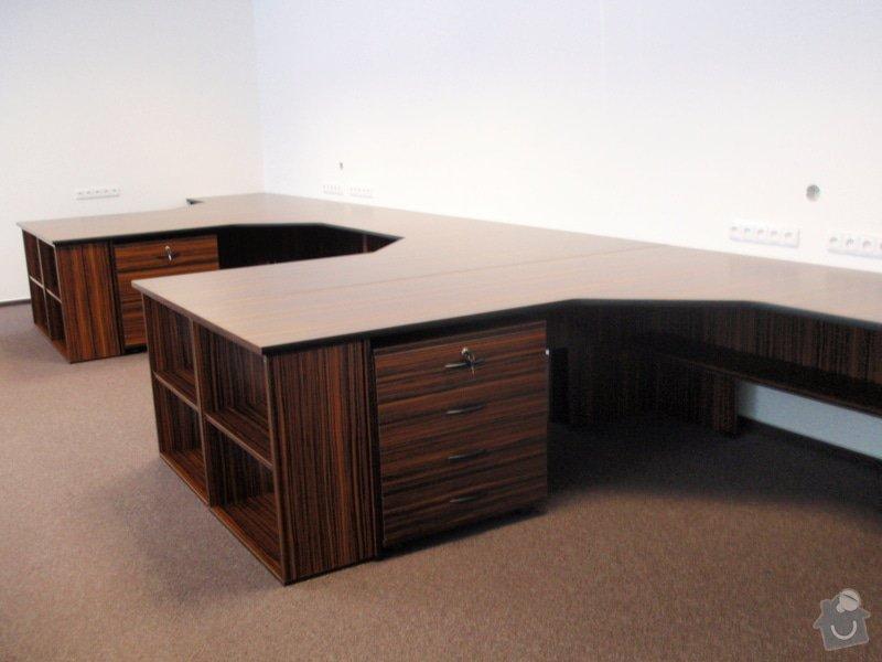 Výroba nábytku do kanceláře,pokládka koberců,výroba kuchyně,skříně na šanony,malování,štukování: truhlarna_akce_043