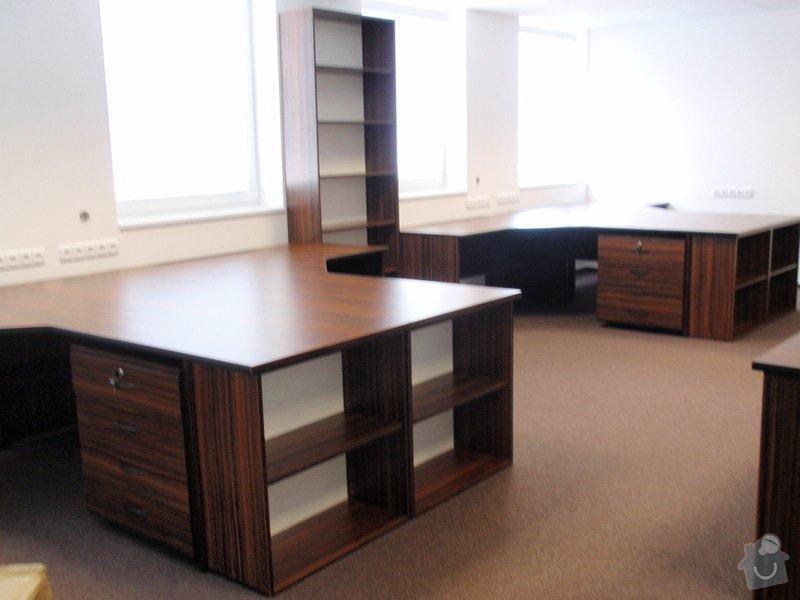 Výroba nábytku do kanceláře,pokládka koberců,výroba kuchyně,skříně na šanony,malování,štukování: truhlarna_akce_042