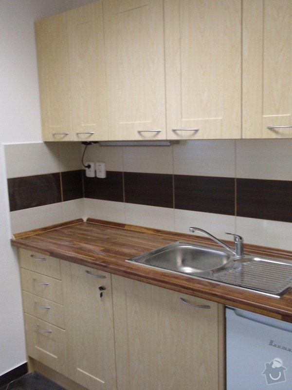 Výroba nábytku do kanceláře,pokládka koberců,výroba kuchyně,skříně na šanony,malování,štukování: truhlarna_akce_034