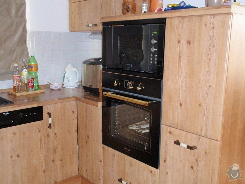 Výroba + montáž kuchyňské linky: truhlarna_duben2009_033