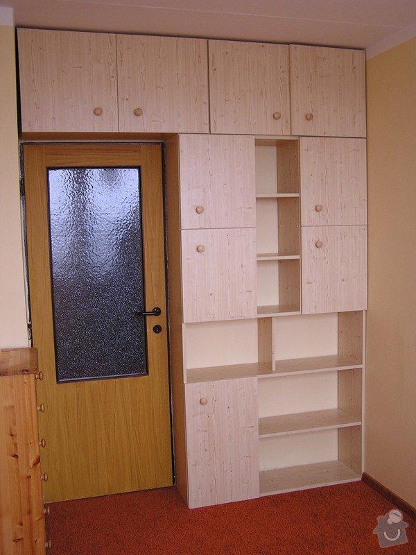 Výroba nábytkových stěn: P1010031