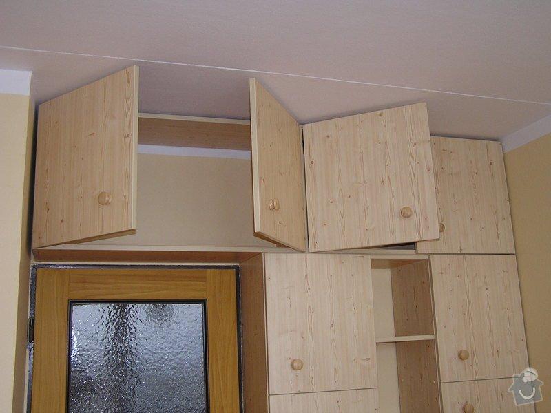 Výroba nábytkových stěn: P1010036