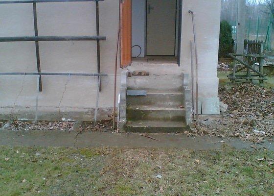 Stavba malé verandy