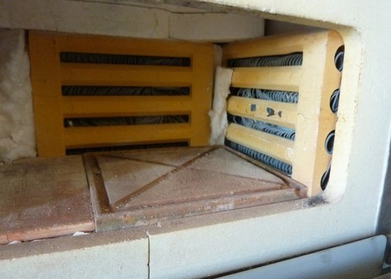 Oprava laboratorní pece