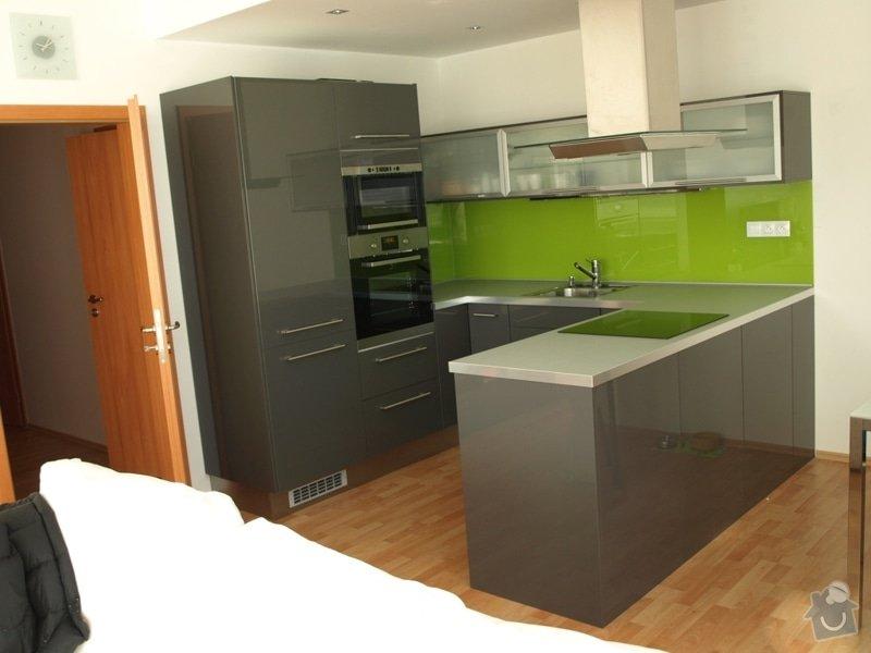 Realizace kuchyňské linky Ikea: PC218114rr