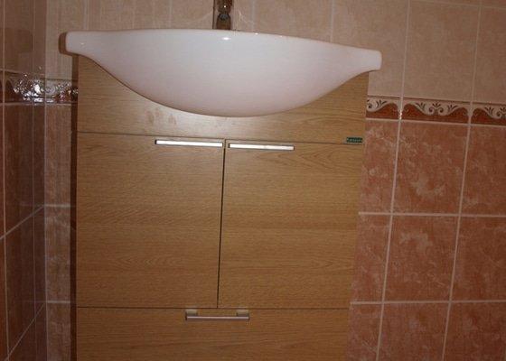 Realizace kuchyňské linky Ikea, koupelnového nábytku